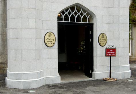 Abbey-Hotel-Entrance-Signage
